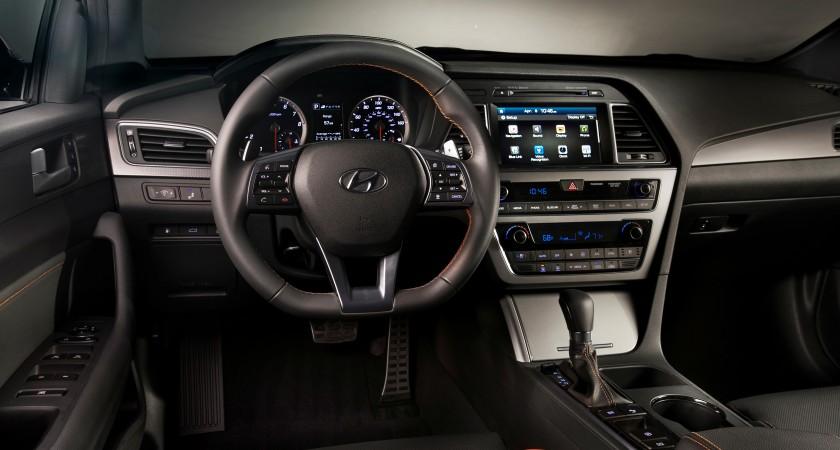 Hyundai bringing Android to cars, iOS to follow