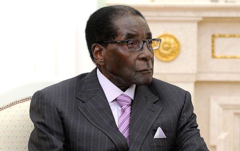 Robert_Mugabe_May_2015_slider