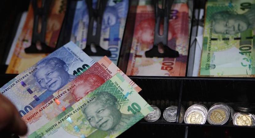 van Vuuren: Zuma Rand term weak – R18.5:$ (2018), worst rout since 1984