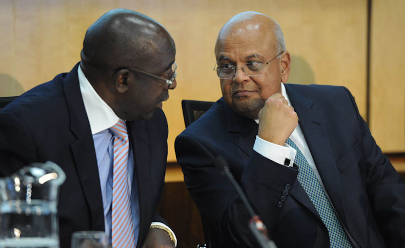 Happier times, former Finance Minister Nhlahla Nene (L) and his predecessor Pravin Gordhan (R)