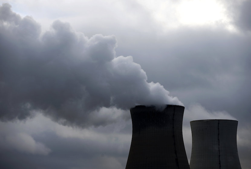 Steam billows from the cooling towers of the Doel nuclear plant of Electrabel, the Belgian unit of French company Engie, former GDF Suez, in Doel near Antwerp, Belgium, January 4, 2016. REUTERS/Francois Lenoir