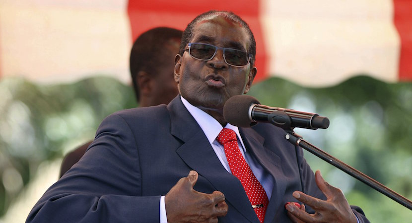 Zimbabwe's President Robert Mugabe addresses the ZANU-PF party's top decision making body, the Politburo, in the capital Harare, in this February 10, 2016 file photo. REUTERS/Philimon Bulawayo/Files