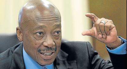 "Gordhan makes light of SARS head Moyane's #MTBPS2016 absence – ""I choose who sits here"""