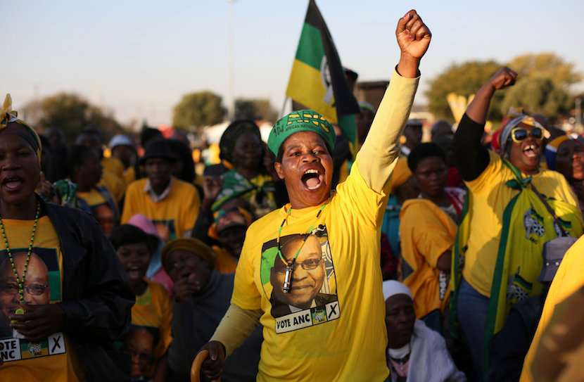 Supporters of the African National Congress chant slogans during ANC president Jacob Zuma's election campaign in Atteridgeville a township located to the west of Pretoria, South Africa.. REUTERS/Siphiwe Sibeko