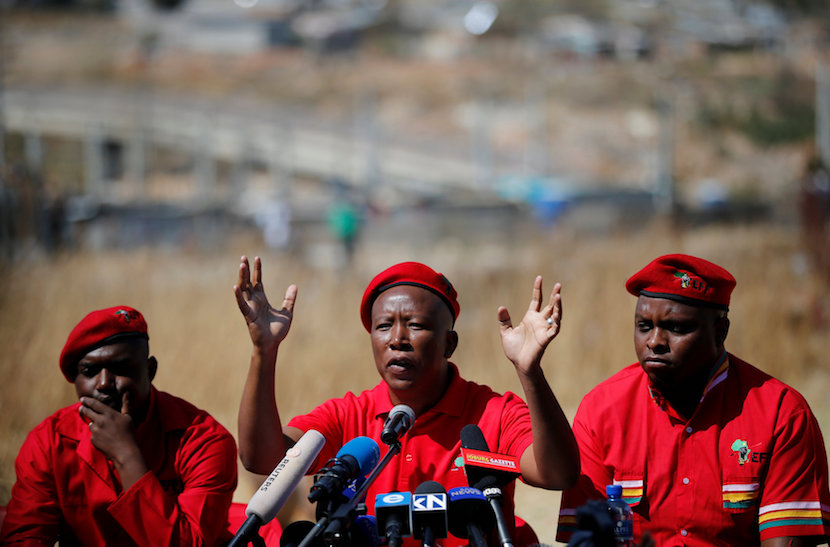 Julius Malema, leader of South Africa's Economic Freedom Fighters (EFF), gestures during a media briefing in Alexander township near Sandton, South Africa August 17, 2016. REUTERS/Siphiwe Sibeko