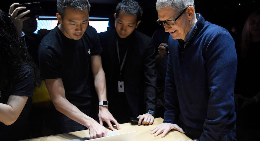 Steve Jobs' successor, Tim Cook, receives $89.2m reward as Apple soars