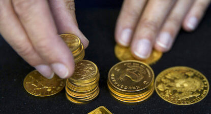 Investors stock up on gold ETF en masse as trouble bubbles on horizon