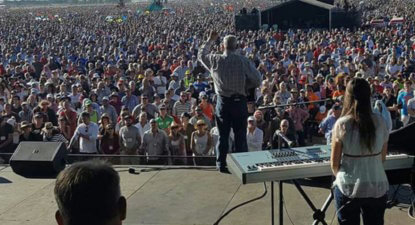 Angus Buchan – How you prepare for 1.7m Christians at SA's biggest prayer meeting