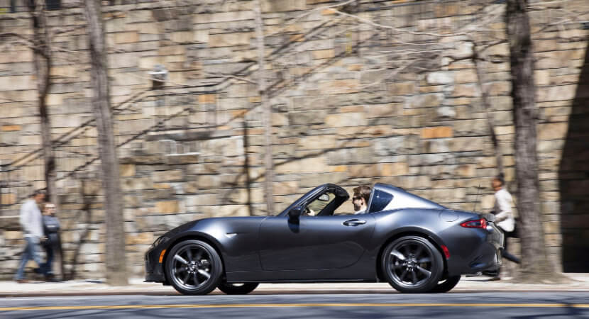 Mazda MX5 RF – automatically controversial