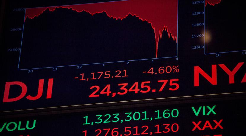 S&P 500 slumps