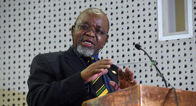 Mantashe stops lawmakers from fixing unbroken mining laws