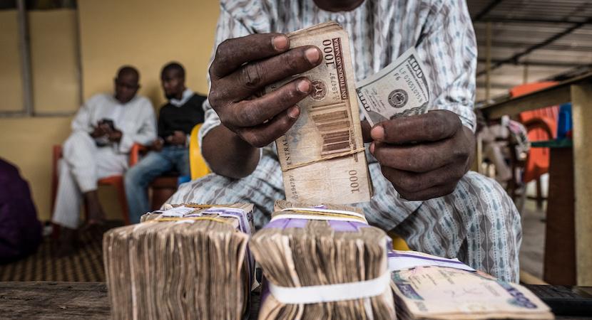 naira banknotes, lagos, Nigeria