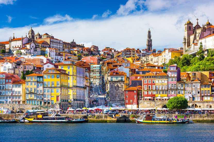 Portugal, Porto, offshore property