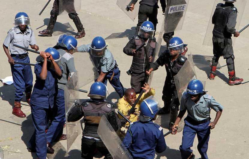 Zimbabwe, police